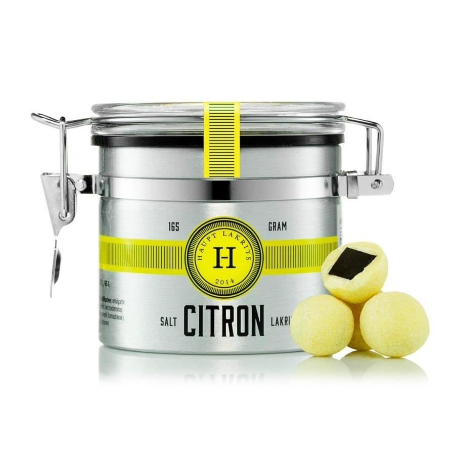 Haupt Citron Limited Edition Äntligen är den här – Haupt Citron. En saltlakrits bit rullad i vit choklad smaksatt med syrlig citron, lime bergamott och yuzu.